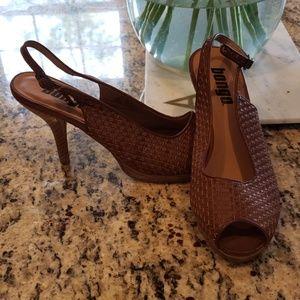 Bongo Basket Weaved Brown Peep Toe Pumps